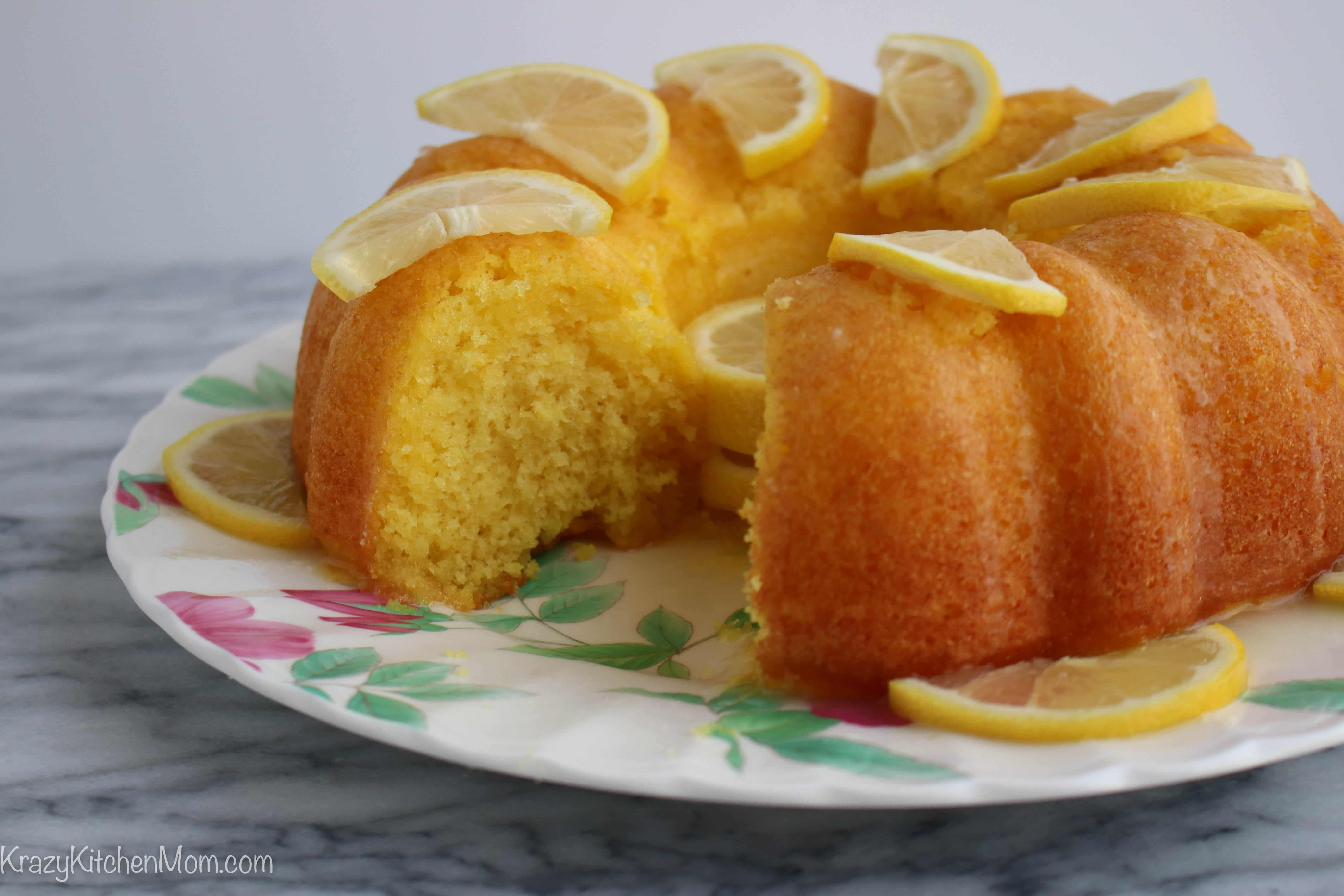 Lemon Bundt Cake With Lemon Jello