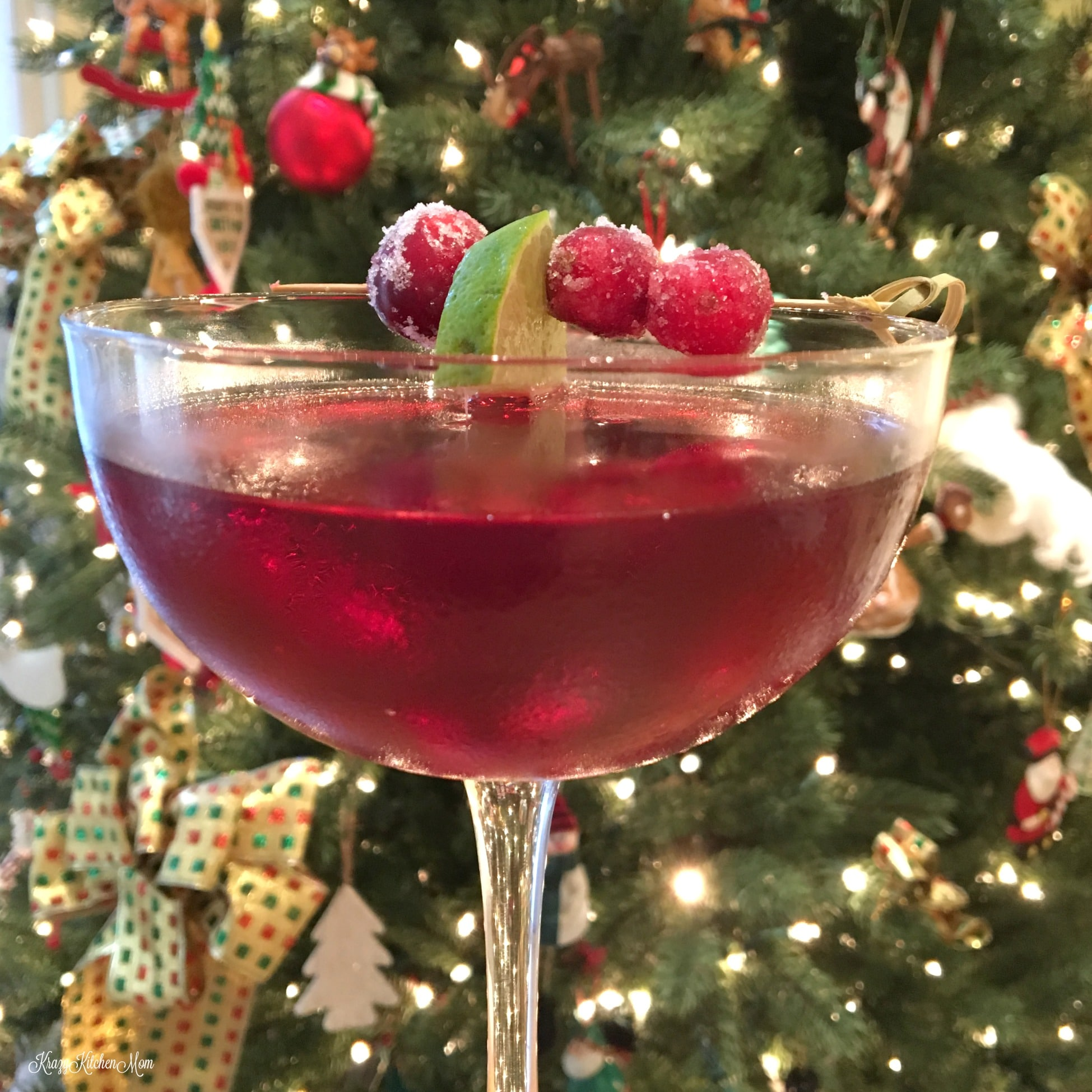 scarlet Ohara cocktail sugar cranberries
