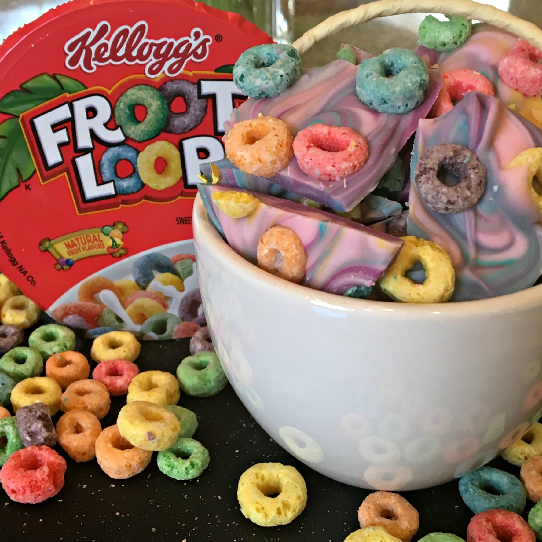 Froot Loops, Cereal Candy, Cereal and milk, Tye-Dye Cereal Dessert Bark