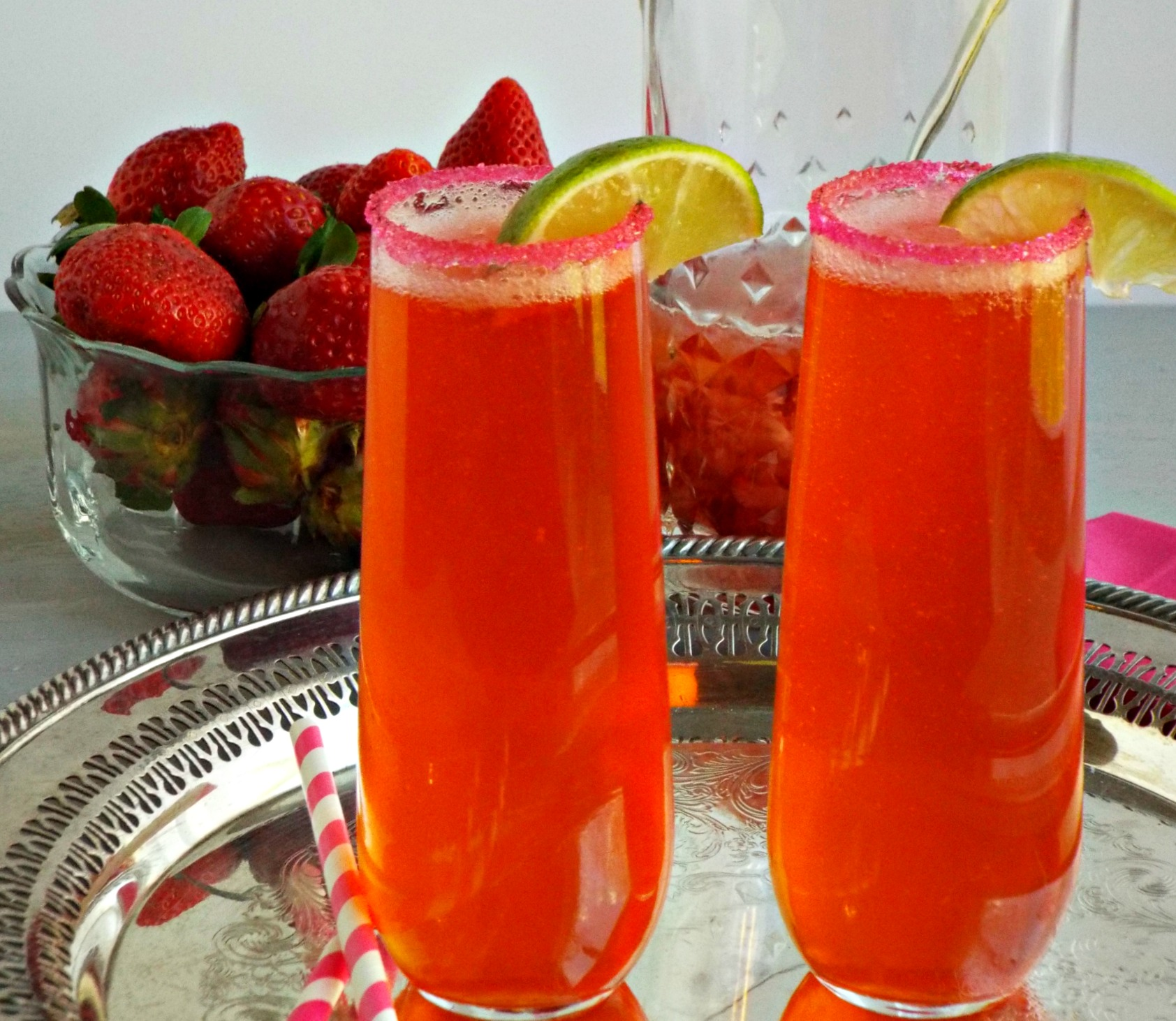 Strawberry Lime Gin Fizz, Gin Fizz, Gin cocktail
