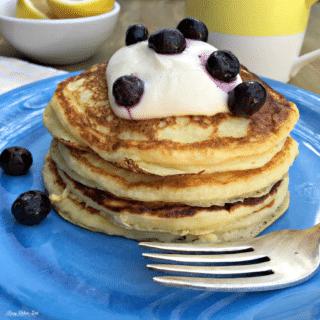 lemon and ricotta pancakes, brunch, pancakes, ricotta pancakes