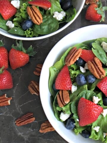 Red, White and Blue Spinach Berry Salad