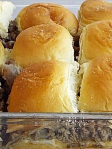 Cheesy Ground Beef Sandwich