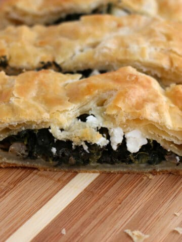 traditional spinach pie spanakopita
