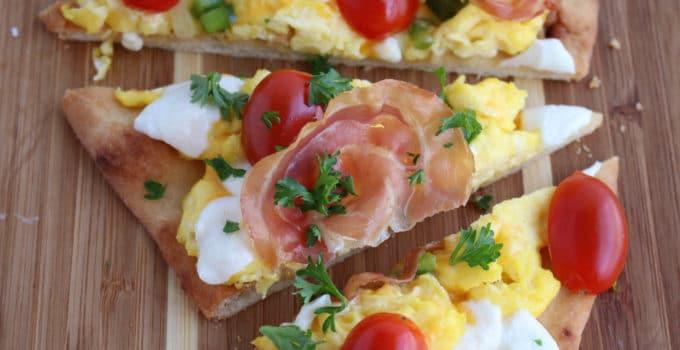 Breakfast Flatbread Pizza