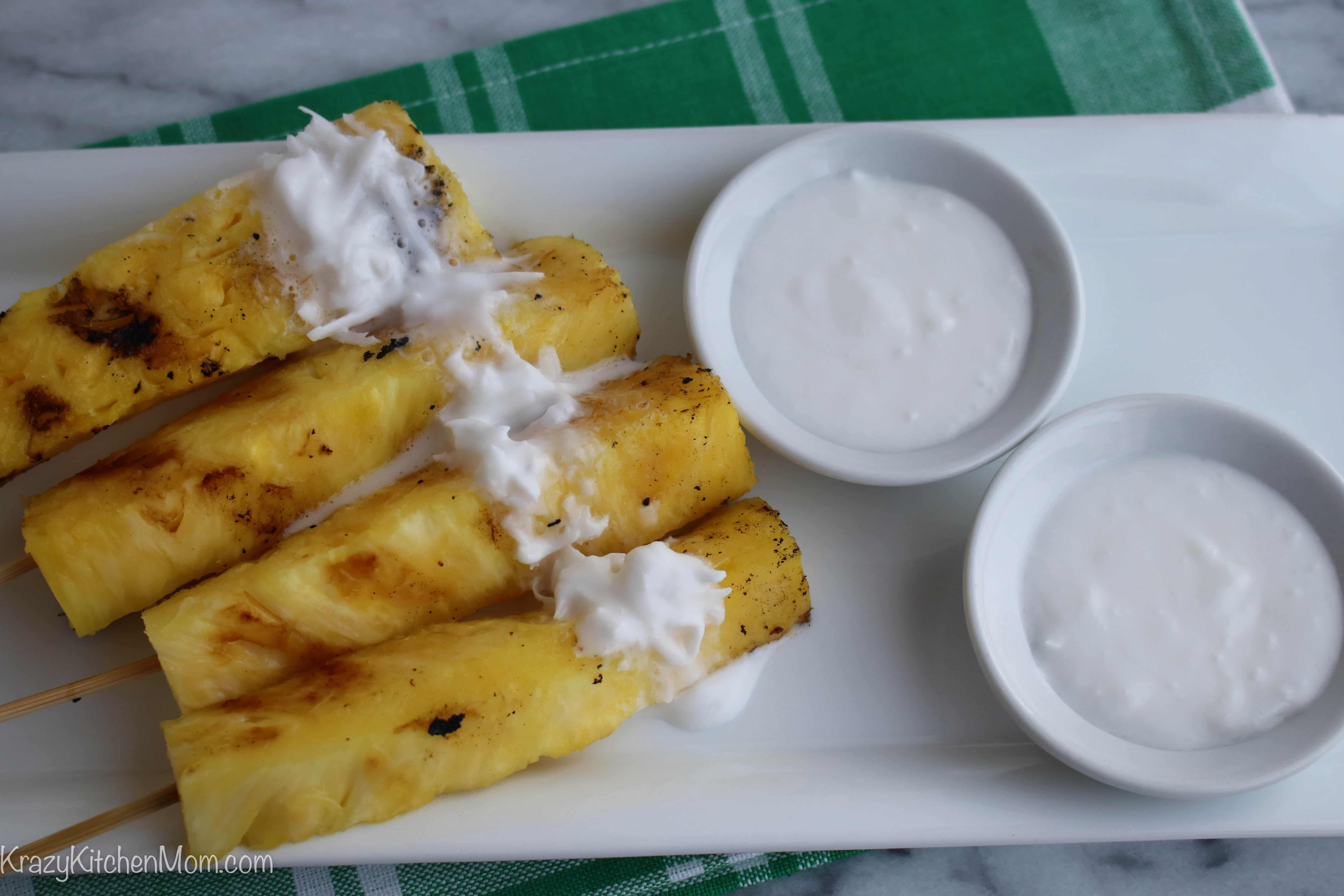 Grilled Pineapple With Coconut Rum Sauce