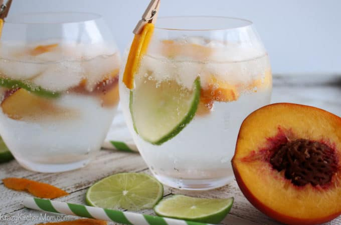Sparkling Peach Vodka Cocktail