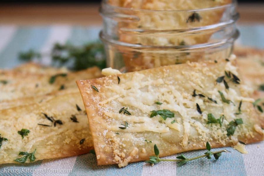 Parmesan Herb Wonton Crisp