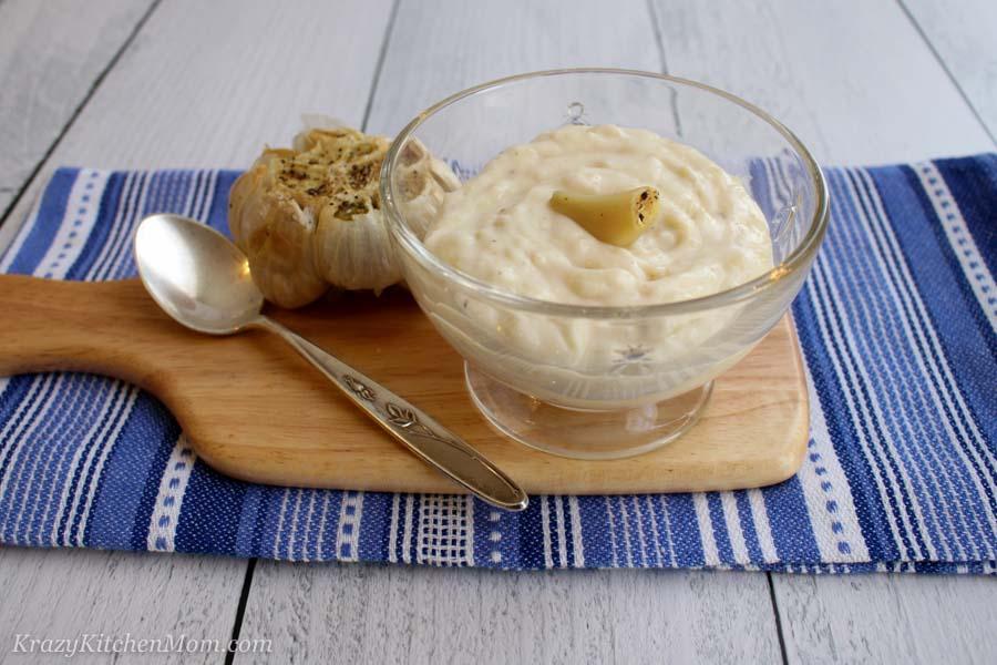 Air Fryer Roasted Garlic Aioli