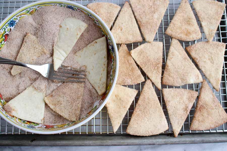 Adding sugar to tortillas