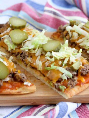 Cheeseburger Flatbread Pizza Sliced