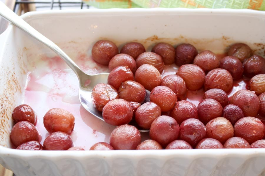 Roasted Grapes Oatmeal in a pan