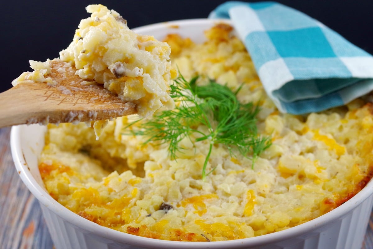30 Must-Have Thanksgiving Side Dishes Potatoes Romanoff With Hash Browns