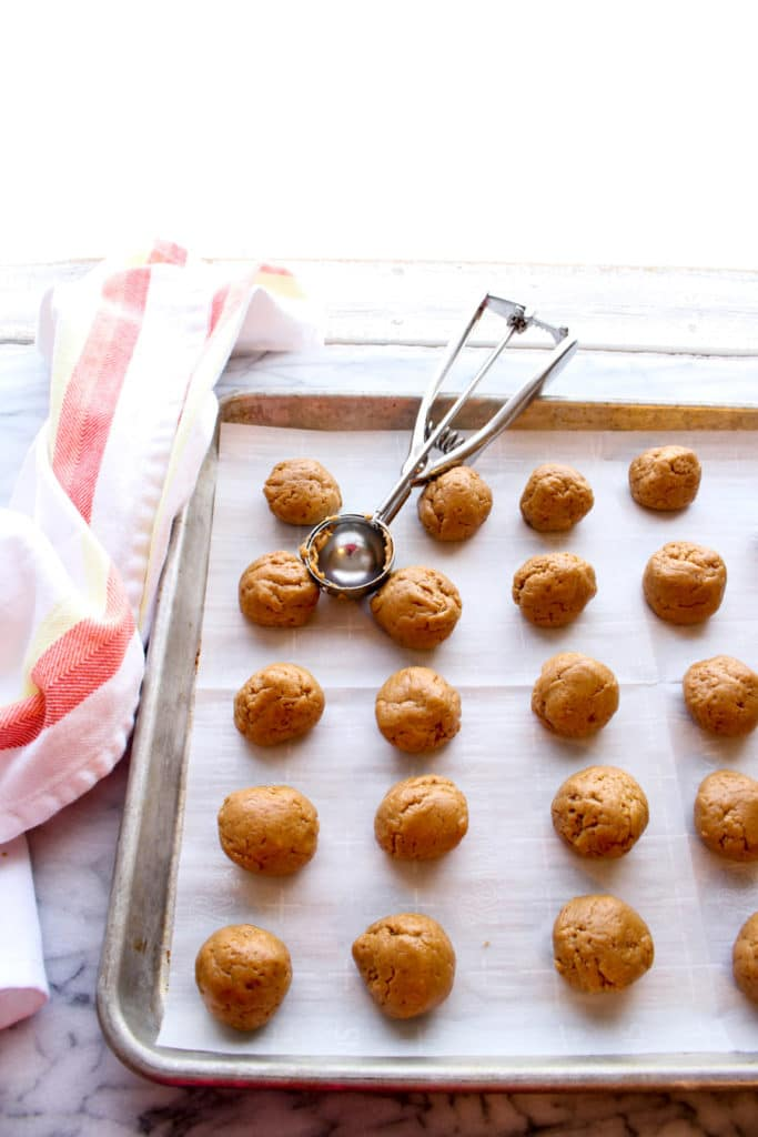 Gingersnap balls without chocolate covering