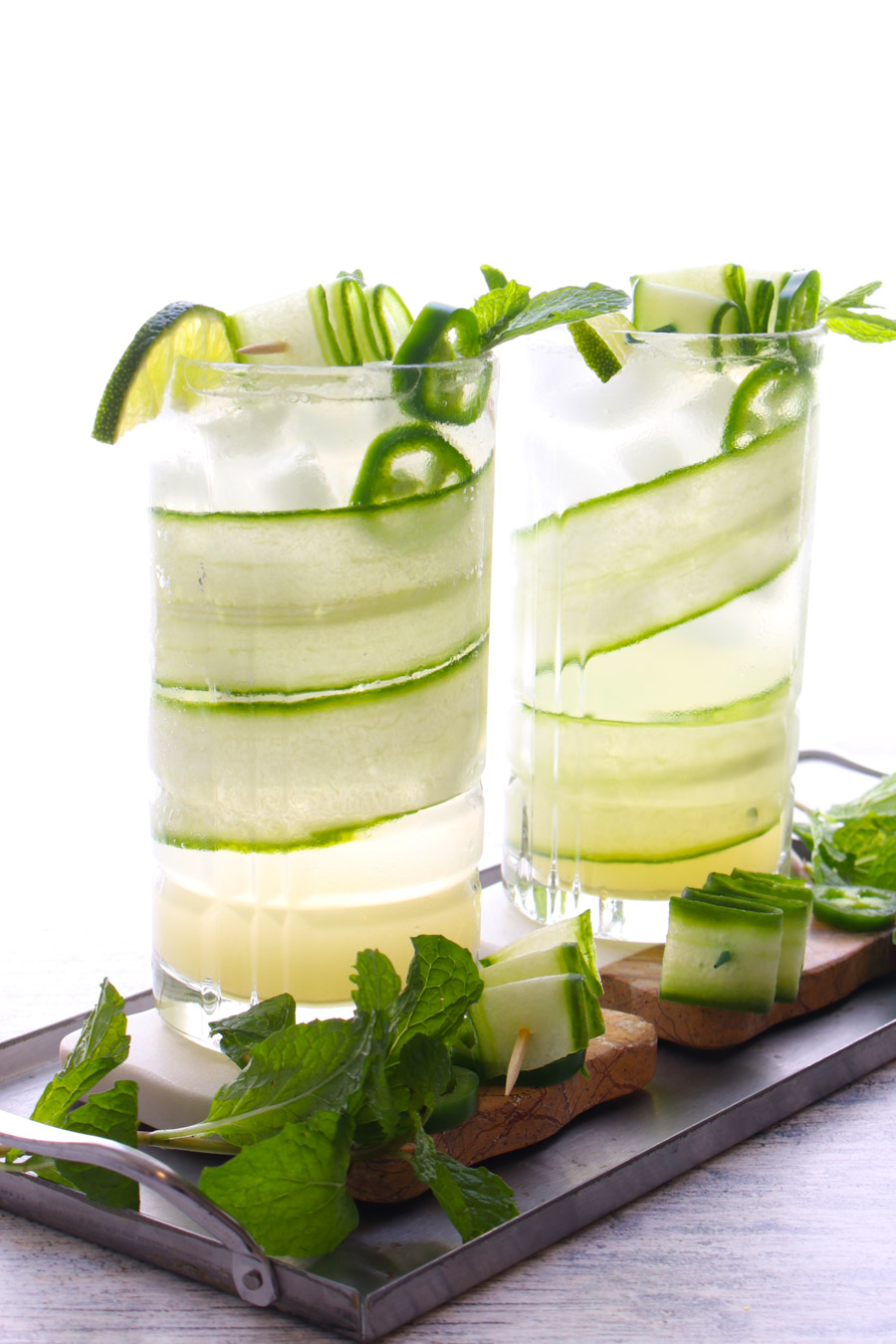 2 glasses of cucumber lime cocktail