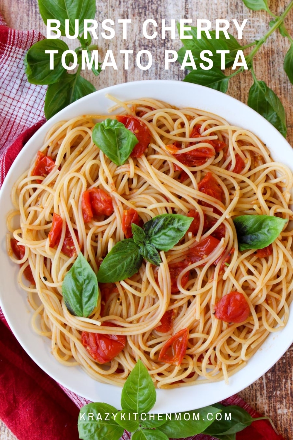 Pasta is a comfort food in my house. This quick, easy weeknight pasta dinner is creamy and rich and tastes like it came from a fancy Italian restaurant.  via @krazykitchenmom