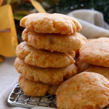 stack of cheese shortbread crackers