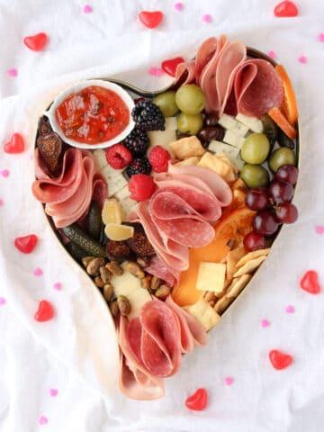 heart shaped charcuterie box