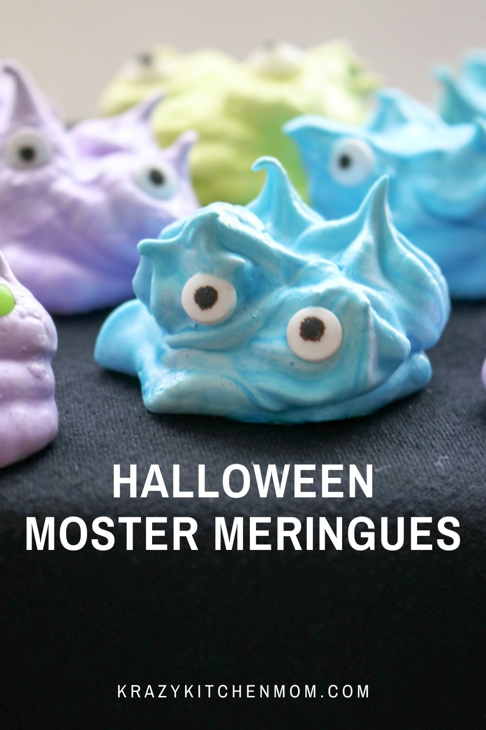 These meringue cookies are melt-in-your-mouth sweet little treats dressed up as cute eyeball monsters for Halloween. via @krazykitchenmom